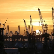 Kräne am Hamburger Hafen