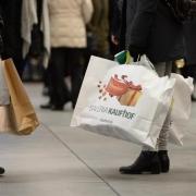 Einzelhandel: Weihnachtsgeschäft zieht an