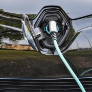VW:Schnelles Aus für Verbrennungsmotor ist unrealistisch