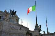 ITALIEN: Verfassungsreferendum markiert Schicksalstag für Regierung