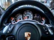 Porsche-Holding passt Gewinnprognosen nachAudi-Bußgeld an