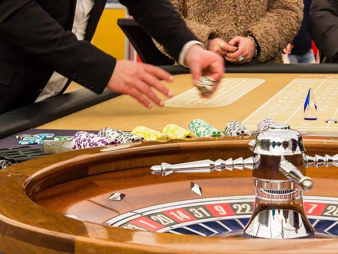 GlГјcksspiel: Streit Um Werbung FГјr Online-Casinos